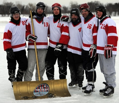 2011 US Pond Hockey Champs - the Whiskey Bandits, posing with the Golden Shovel Award.