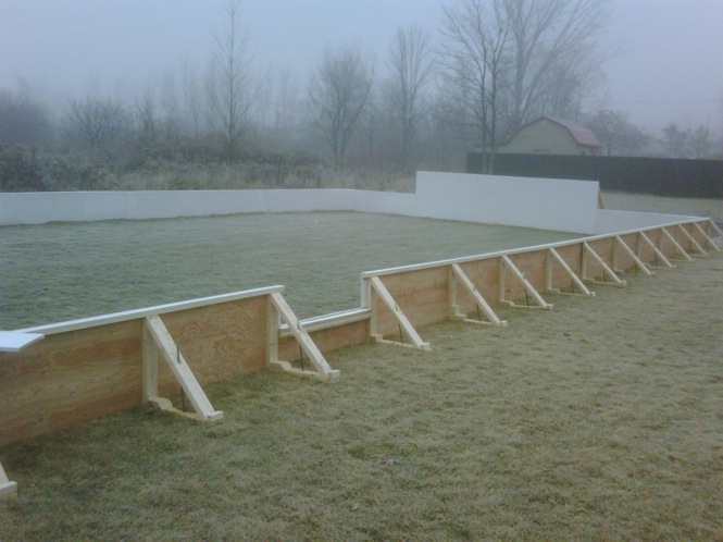 Backyard hockey rink in Laval.