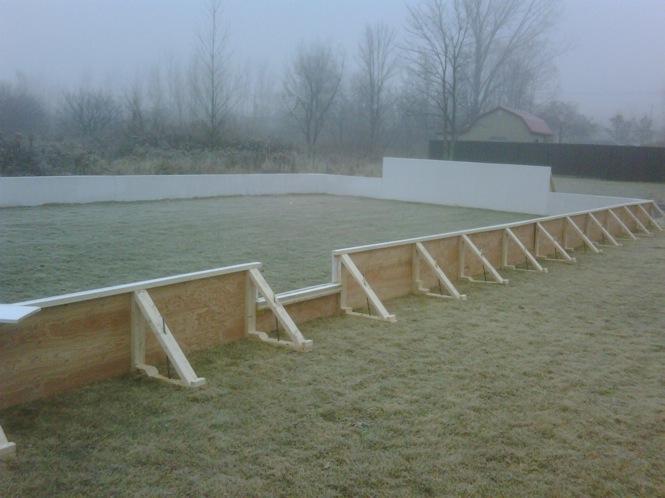 Backyard hockey rink in Laval.