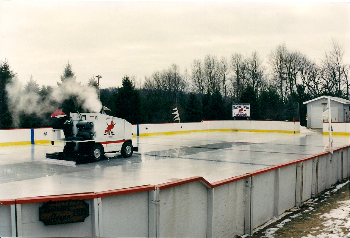 Backyard Ice Rink Chiller : Backyard Ice Rinks Build a home ice rink and bring on the hockey!